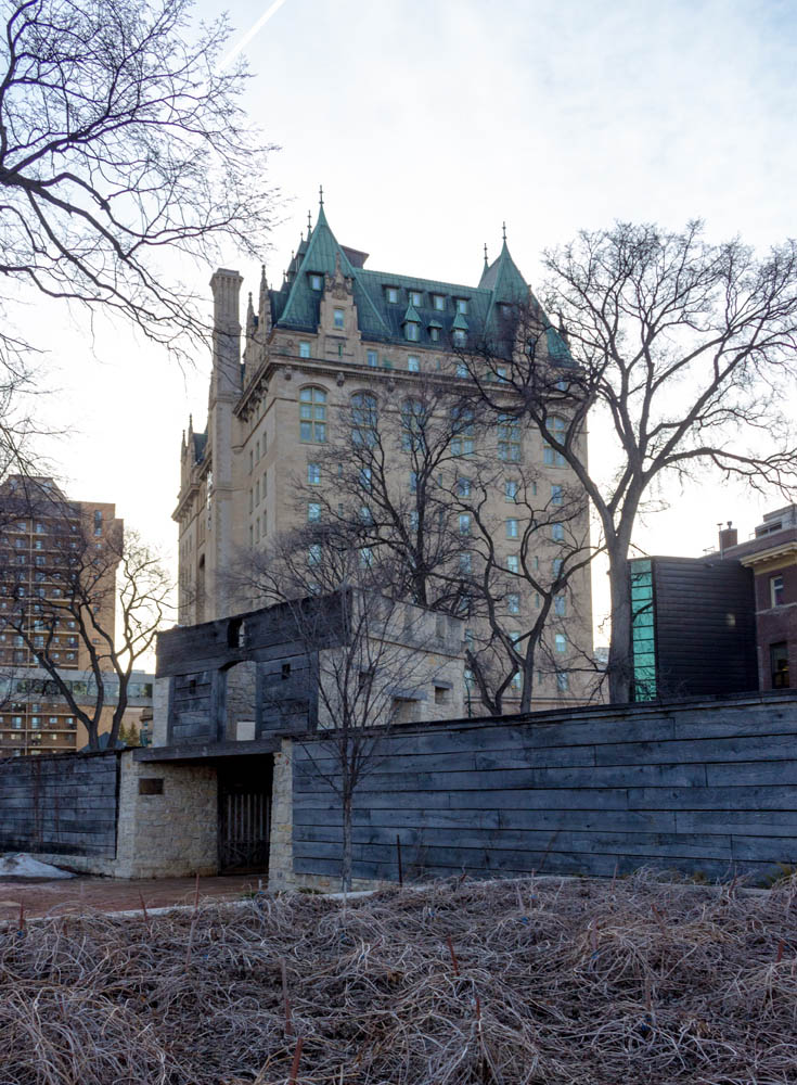 Fort Garry Gate & Hotel (2)